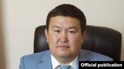 Акылбек Эшимов.