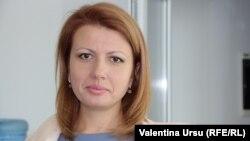 Arina Spătaru în studioul Europei Libere de la Chișinău