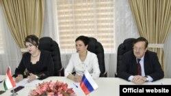 Совместная пресс-конференция по итогам переговоров делегаций Таджикистана и РФ по вопросам миграции. Душанбе, 21 апреля 2021 года