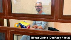 Nariman Celâl Rusiye kontrolindeki Aqmescitniñ Kiyev rayon mahkemesinde, 2021 senesi sentâbrniñ 6-sı