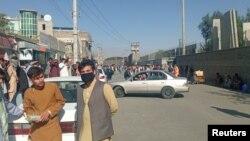 Талибаните не допускат хора на разстояние по-малко от 500 м. от летището