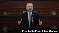 Թուրքիայի նախագահ Ռեջեփ Էրդողանը ելույթ է ունենում Ադրբեջանի խորհրդարանում, 16-ը հունիսի, 2021թ.