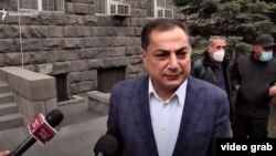 Armenia- Vahram Baghdasarian speaks to journalists after his release from custody, Yerevan, November 16, 2020