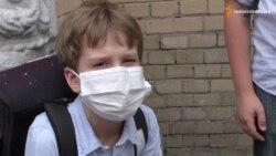 Батьки забирають дітей із київських шкіл через задимлення