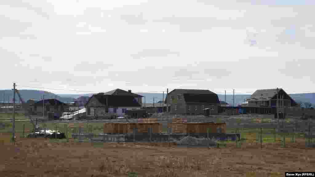 Більшість будинків у Холмівці зводять з кримського каменю-ракушняка
