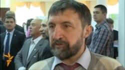 """""""Академиклар татар телен дә белсен"""""""