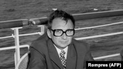 Ion Mihai Pacepa în aprilie 1975.