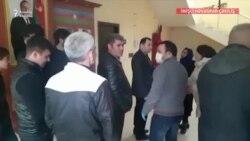 İmişli və Sumqayıtda etiraz: Qeydiyyatsız işçilərin tələbləri var