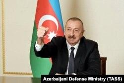 Президент Азербайджана Ильхам Алиев во время видеообращения к гражданам, в котором говорится о переходе Агдамского района под контроль Баку.