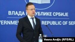 Sijarto na konferenciji za medije nakon sastanka sa šefom diplomatije Srbije Nikolom Selakovićem
