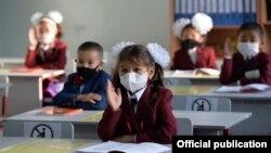Одна из школ в Бишкеке. 1 сентября 2020 года.