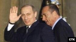 Ширак стал вторым после Шредера отставным европейским лидером, кого коснулась благосклонная рука Москвы