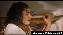 Alina Serban în filmul Gipsy Queen