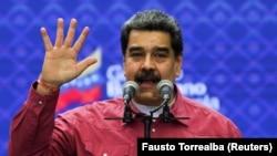 نیکلاس مادورو با شروع فعالیتهای برنامه جهانی غذا در ونزوئلا و آزادی شش مدیر سابق شرکت آمریکایی سیتگو موافقت کرده است