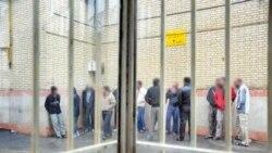دریچه؛ مرگ زندانیان در زندان و روایتها از بازداشتهای آبان ۹۸