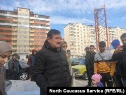 Магомедзагир Ахмедов, в центре