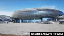 Вид на спорткомплекс «Абай Арена» в городе Семее