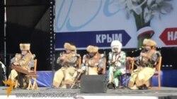 Хроники крымского сопротивления: как в Симферополе проходил митинг-концерт за «референдум» (видео)