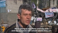 Slovyansk Protesters Defy Kyiv's Call To Leave Occupied Buildings