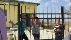 Село Беки: без воды, школы и связи
