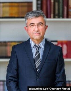 გოჩა ბარნოვი, თეოლოგი, პროფესორი