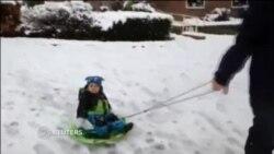 Рекордные снегопады прошли в Англии в воскресенье