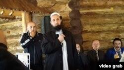 Таджикский священнослужитель Абдуллобек Кувватбеков, более известный как Мавлави Абдулло Язгуломи