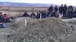 Как в Крыму похоронили Веджие Кашка (видео)