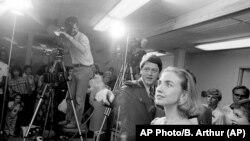 Bill Clinton még arkansasi kormányzóként feleségével, Hillaryval 1982-ben