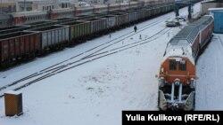 Железнодорожные составы, архивное фото
