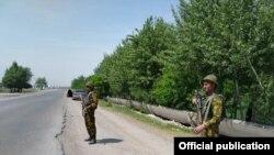 د قرغزستان او تاجکستان ترمنځ لانجمن سرحد
