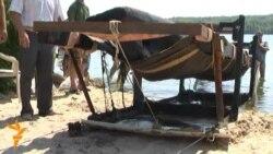 Човен, якому 500 років, підняли з дна Старого Дніпра