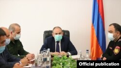 Armenia - Prime Minister Nikol Pashinian meets with the heads of the Armenian police and National Security Service and other officials in Kapan, Syunik, April 21, 2021.