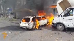 Atac de artilerie, pe o stradă în Doneţk