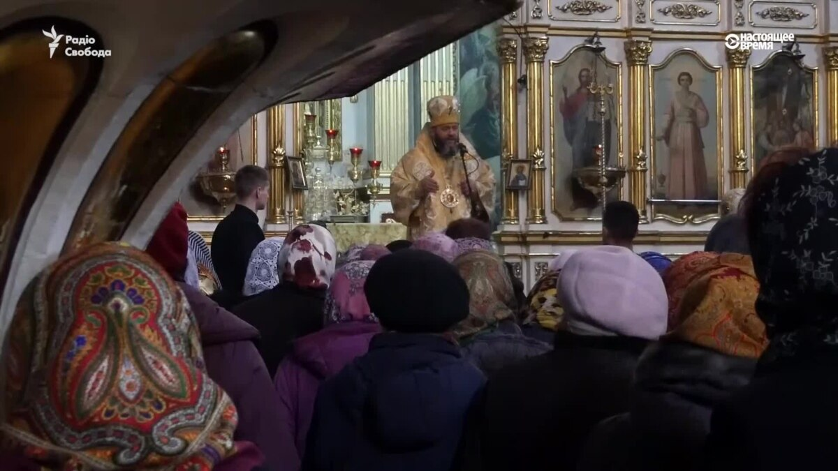 В Луцке впервые в храме ПЦУ провели Рождественское богослужение 25 декабря – видео