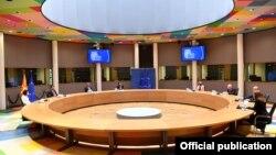 Премиерот Зоран Заев денеска во Брисел се сретна со претседателот на Европскиот совет Шарл Мишел.