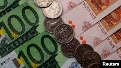 Novčanice eura i kovanice i novčanice kune
