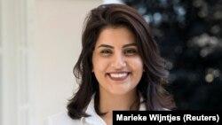 لُجَین الهَذلول، فعال حقوق زنان در عربستان سعودی