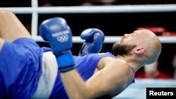 Қазақстандық боксшы Левит Токио олимпиадасында нокаутпен жеңілді
