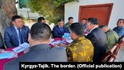 В переговорах участвовали губернаторы Баткенской области Кыргызстана и Согдийской области Таджикистана. 16 августа 2021 года