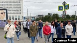Акция в поддержку забаровчан в Мурманске. Фото Виолетты Грудиной