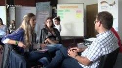 Zašto mladi žele da odu sa Balkana