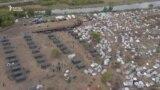 Орусия: үйгө кайта албаган мигранттардын лагери