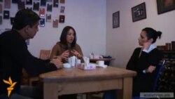 Մաքս ակումբ. Արամո եւ Էմմա Պետրոսյան