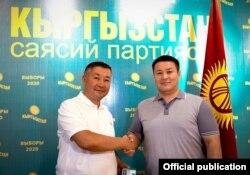 Лидер партии «Кыргызстан» Канатбек Исаев и депутат Талант Мамытов.