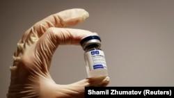Произведенная в России вакцина «Спутник V» от коронавируса.