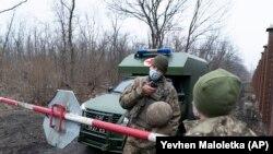 Pripadnici ukrajinske vojske na istoku Ukrajine, mart 2021