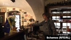 Закарпатський угорець та власник кафе-музею Юрій Руснак