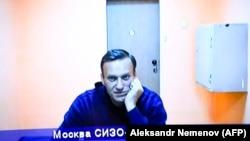 Навальный дистанционно участвует в заседании суда, находясь в изоляторе. 28 января 2021 года.