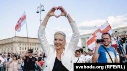 Мария Колесникова, як узви раҳбарияти мухолифони Беларус соли гузашта ба зиндон андохта шуд